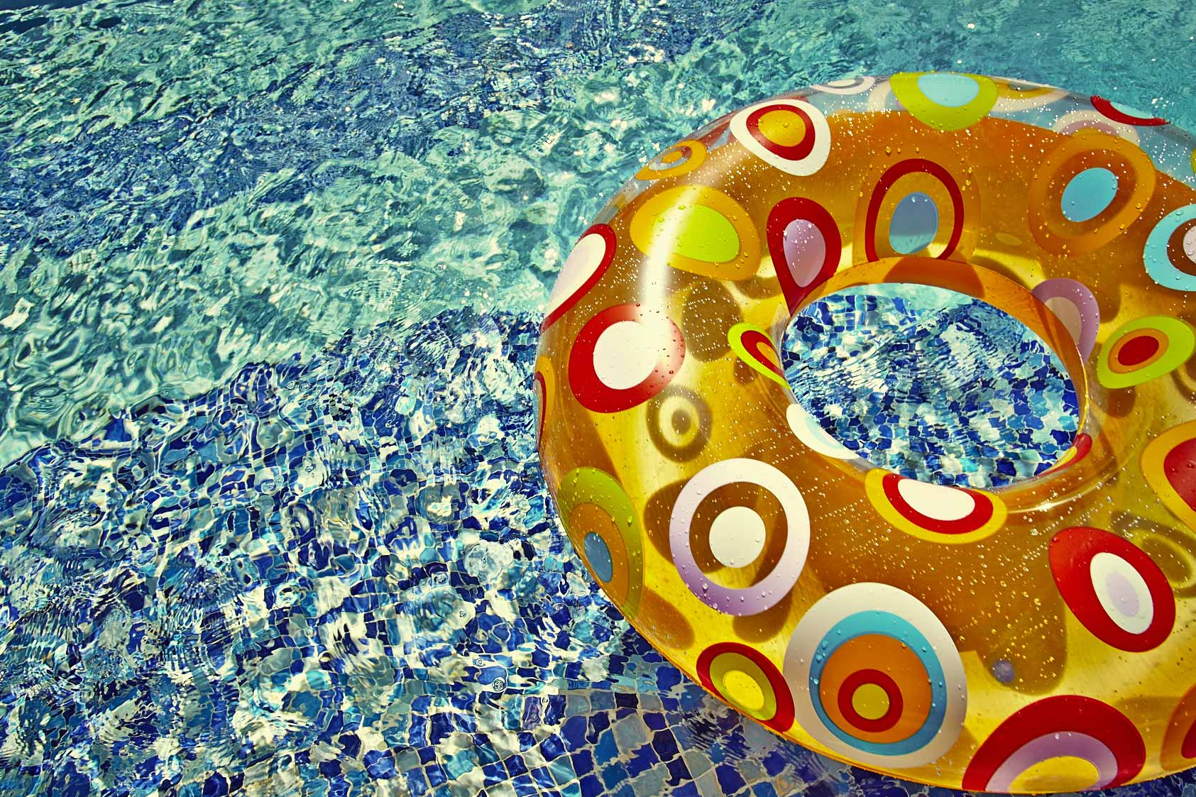 POOL-PARTY_FLOATS_005