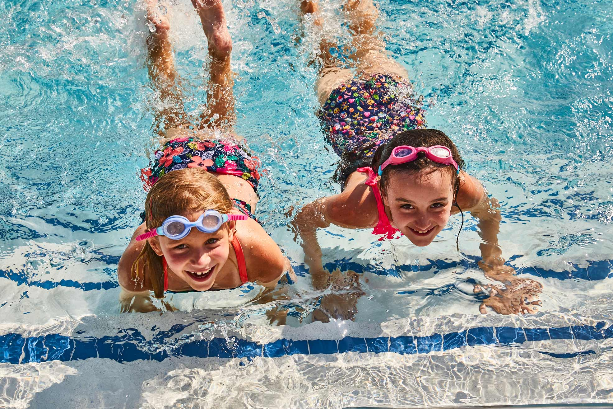 Rolling-Green_pool-kids-6_013