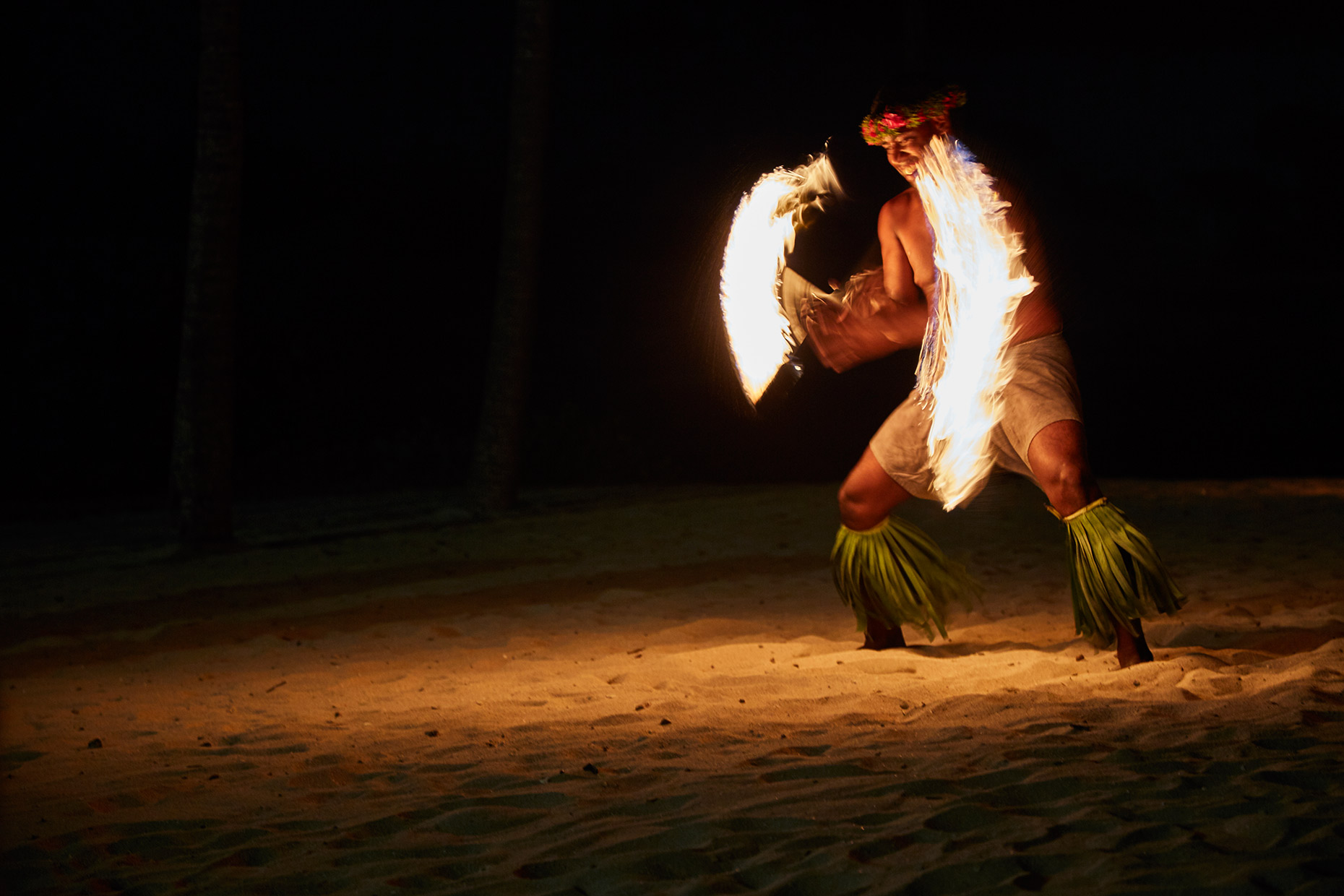 World-Venture_FIji_Day-2_Fire-Dance_021