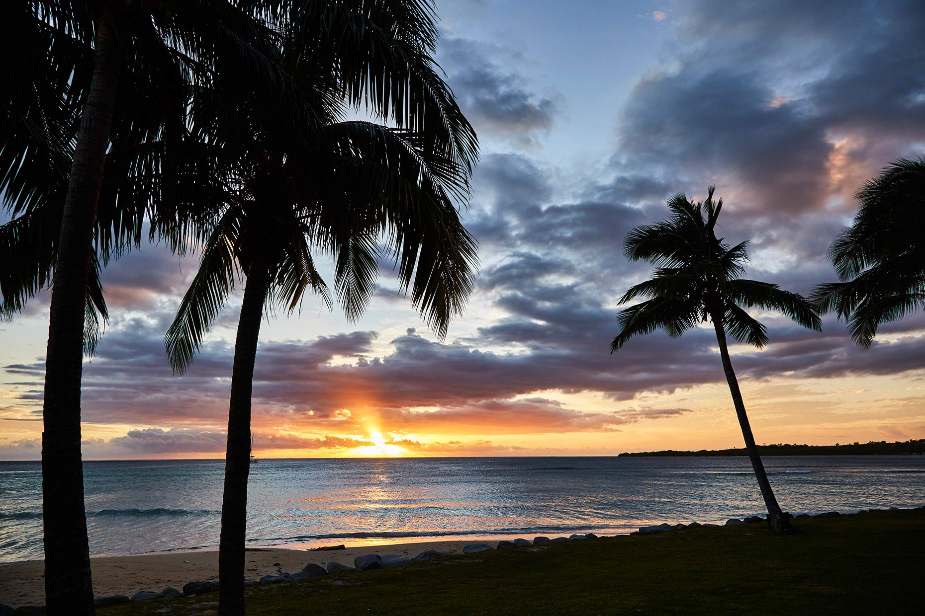 World-Venture_FIji_Day-5_Sunset_010