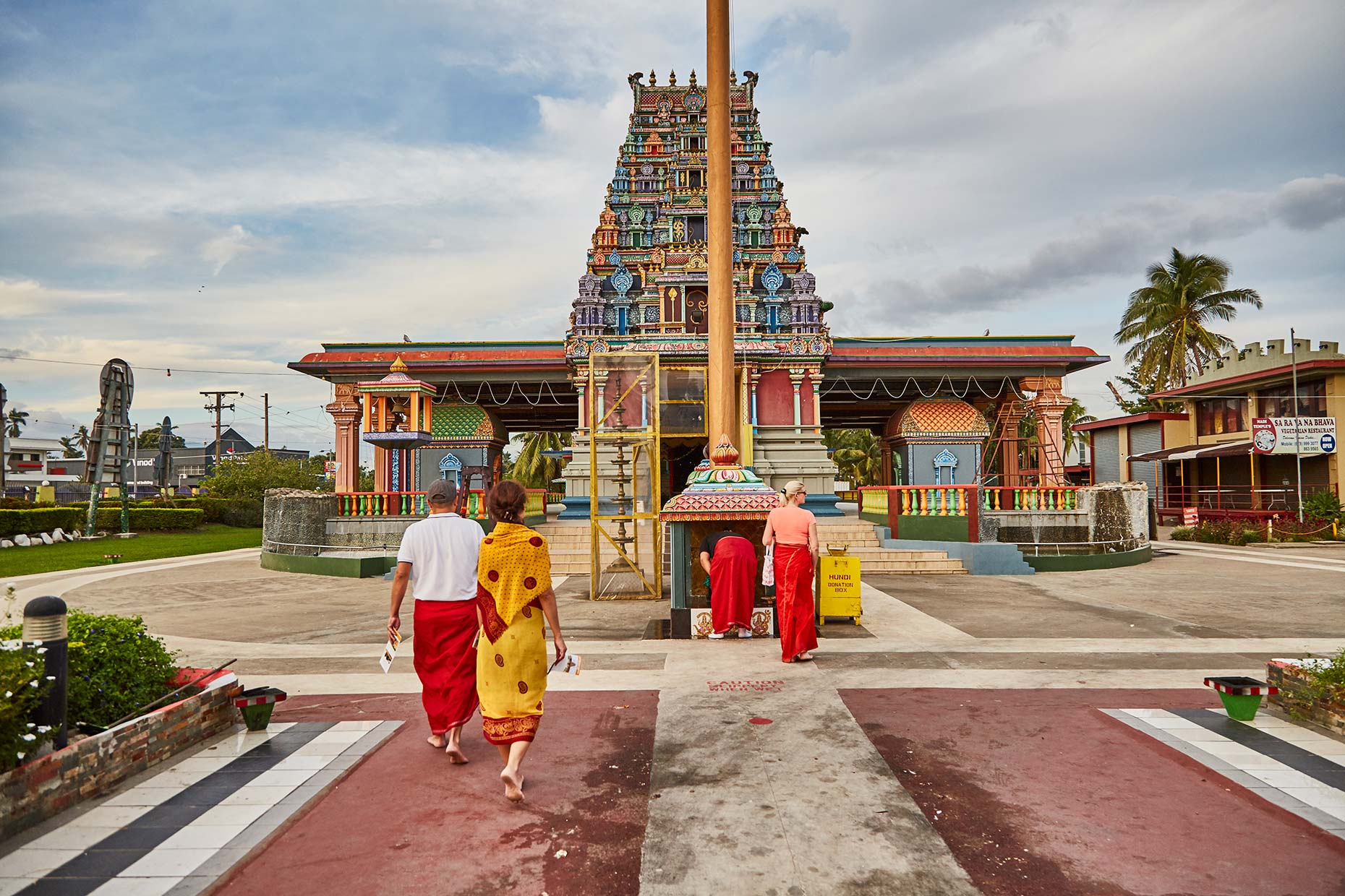 World-Venture_FIji_Day-6_Temple_002